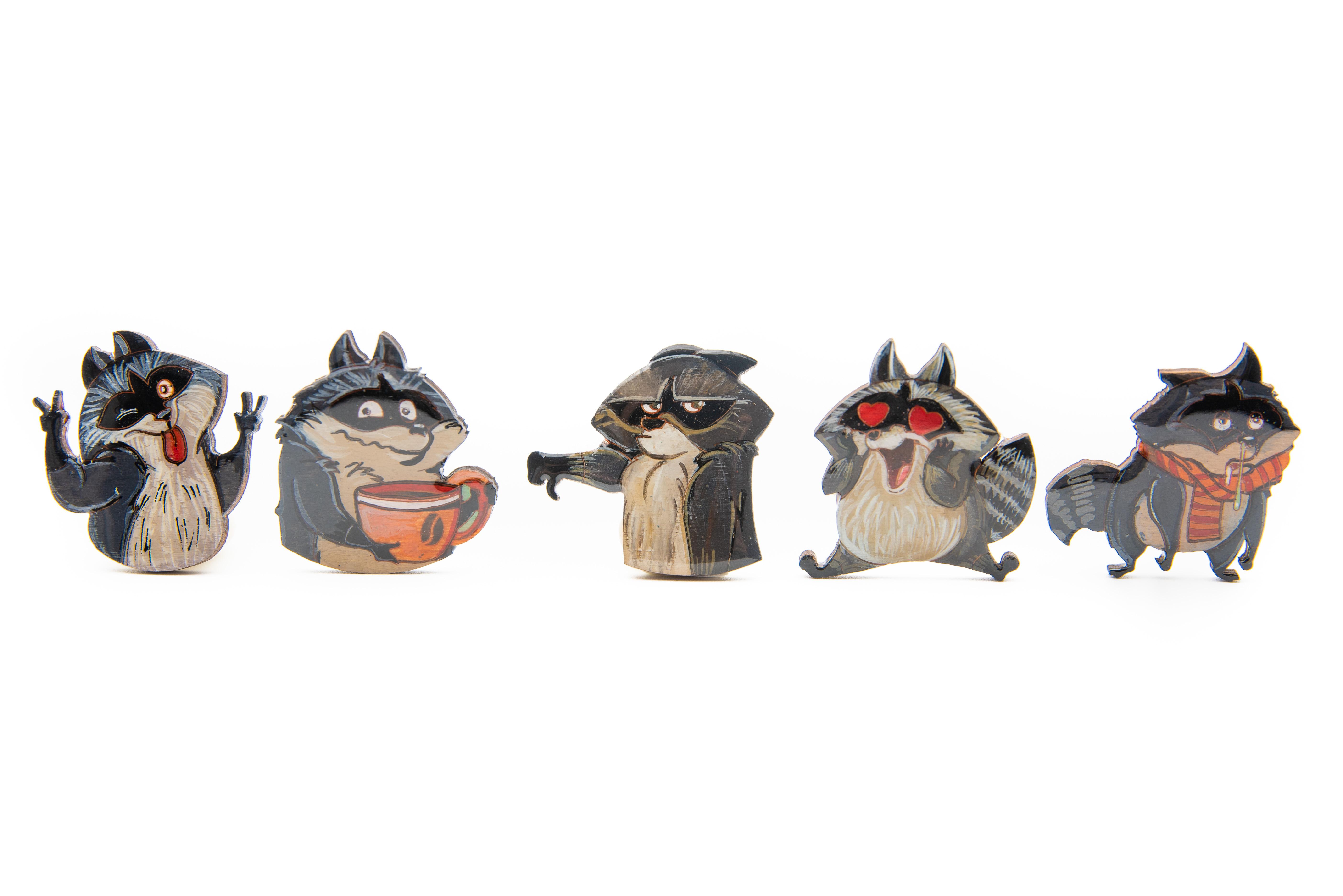 Brosa Lemn Funny Raccoon